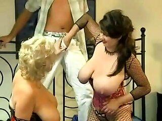 Busty vintage pornstar loves chunky cock