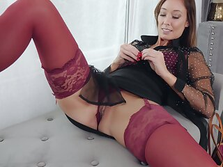 Provocative unsurpassed tie the knot Christy Cherish in stockings moans while playing