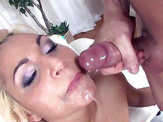Hardcore MMF trinity here Viktoria K swallowing cum tick sex